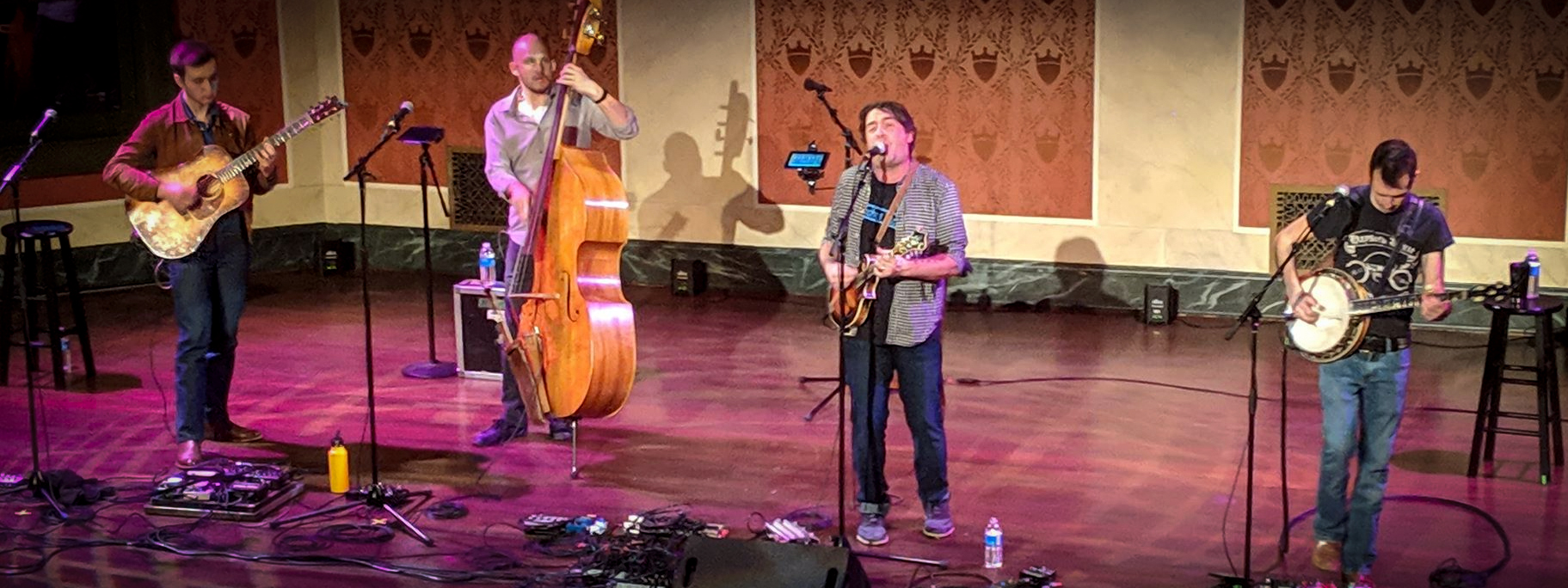 The Travelin' McCourys & Jeff Austin Band brought their Grateful Ball tour to beautiful Memorial Hall in Cincinnati