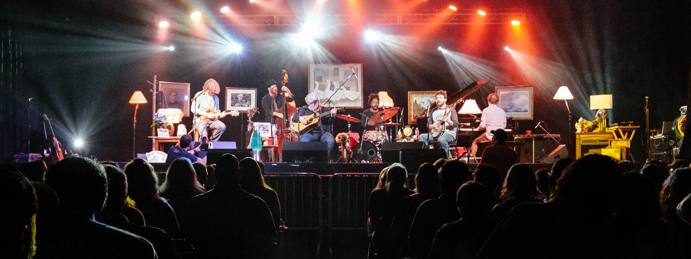 "Leftover Salmon ""Stories from the Living Room Tour""  stops by Minglewood"