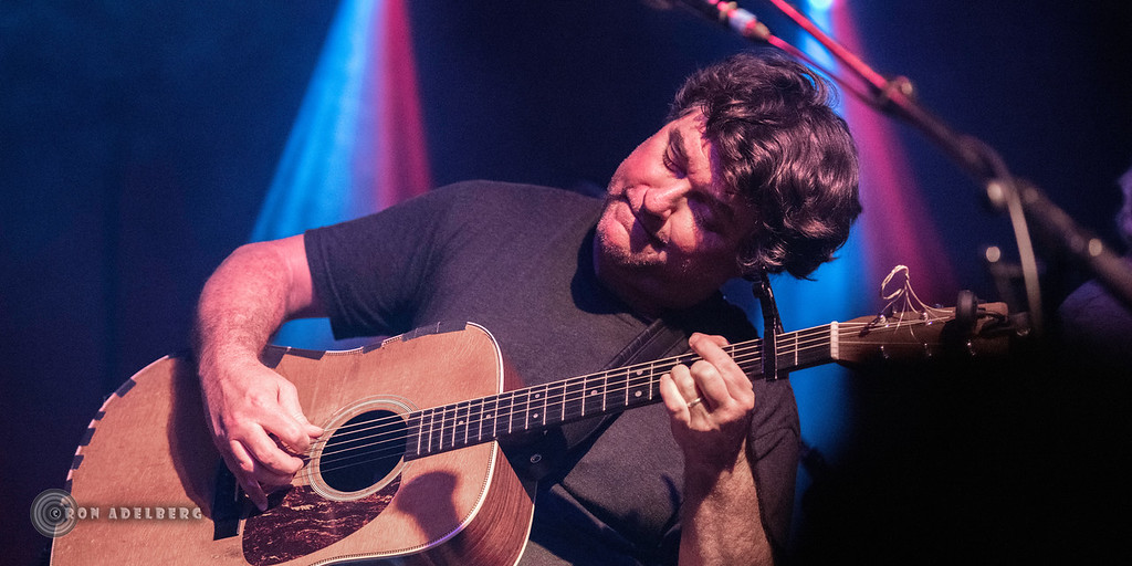 Keller Williams talks Skull and Roses Fest, Grateful Dead, Phish, and performing with his heroes.